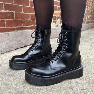 Jeffrey Campbell Sopas Platform Boot